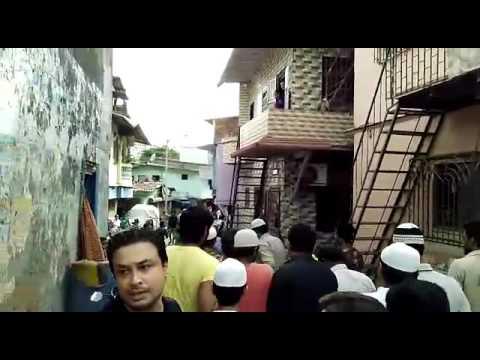 Ek Hindu Lady Ka Antim Sanskar Karte Hue Muslim Yuvak Squatters Colony Malad East or