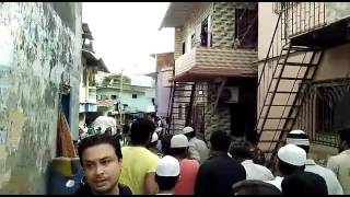 Ek Hindu Lady Ka Antim Sanskar Karte Hue Muslim Yuvak Squatters Colony Malad East or