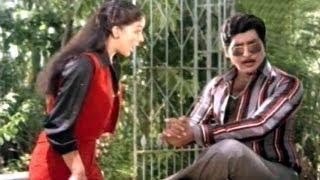Comedy Kings - Jagamondi Asking Kiss From Rati - Shobhan Babu