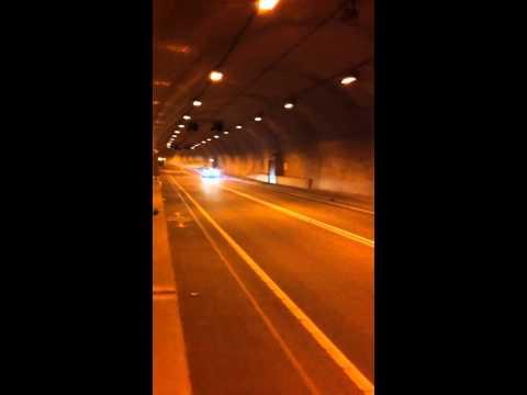E60 BMW M5 tunnel run 2