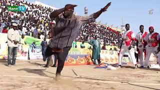 MOUSSA NDOYE LAC ROSE: MOUSSA NDOYE EMFLAMME LE STADE AVEC SON TOUSS