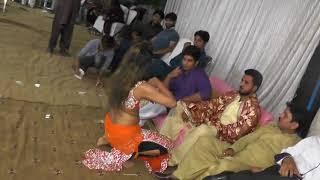 2017 Bahawalpur malik 111 shadi mujra part 3