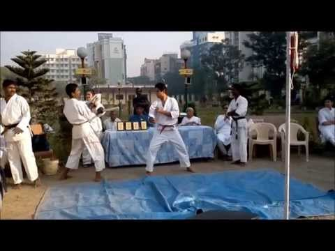 Karate Demo at Jogger's Park, Chikuwadi, Borivali (West), Mumbai by Sendai Jaya Gowda