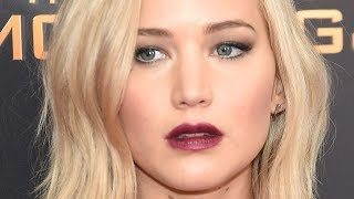 Sketchy Things Everyone Just Ignores About Jennifer Lawrence