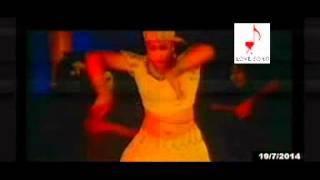Valobasha Chai Amare Dil Popy Hot Bangla Song HD 2012
