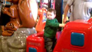 Tommy on Fire Engine Ride @ Chuckie Cheese.3gp