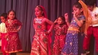 Rais first dance stage show