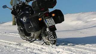 How to ride a Motorcycle on ice and snow