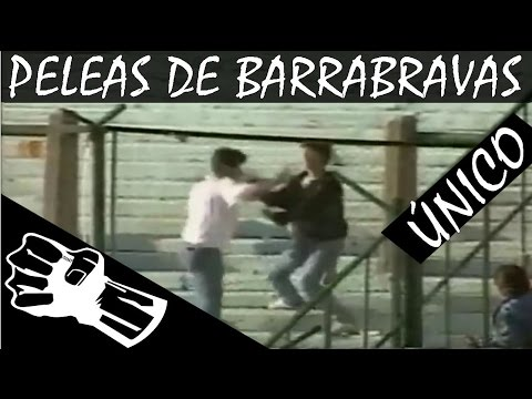 pelas de barras bravas de distintos clubes dentro de estadios argentinos