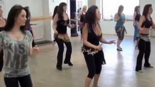 تعليم الرقص العراقي في معاهد اوربا