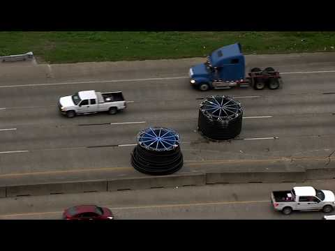 Xxx Mp4 TWO MORE GIANT SPOOLS Cause Trouble On Texas Freeway 3gp Sex