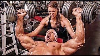 WWE के बॉस की बेटी है इस रेसलर की वाइफ, जीता है ऐसी शानदार लाइफ - The Ring Name Triple H