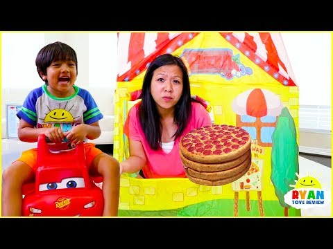 Ryan Pretend Play Pizza Delivery Cooking Playhouse