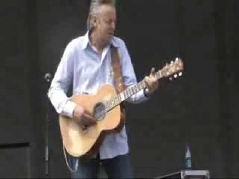 AMAZING BLUES GUITAR MUST SEE