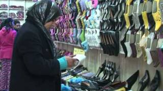 Arabic-Web-Quality not quantity for Morocco's shoe makers