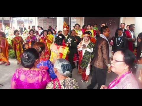 Download Lagu Mangalehon Olop olop (uang) Gondang 28 👍 - Budaya Indonesia   Batak Dance MP3