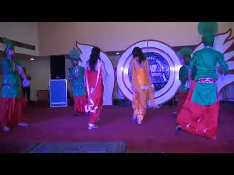 Punjabi girl dance