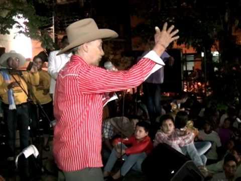el baile del pavo juan farfan