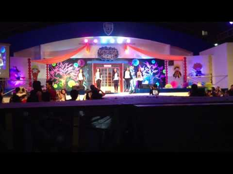Kaalam Dance Company (Girls) | Freshmen Night '14