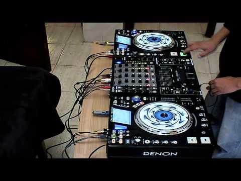 DENON 5500 Stalin DJ mesclando Tarck 2 de Salsa en Vivo .mp4