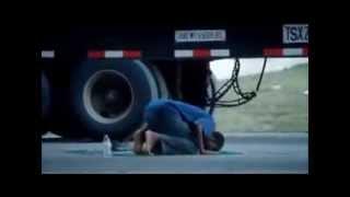 Muslim ! praying in Public. Must Watch Video