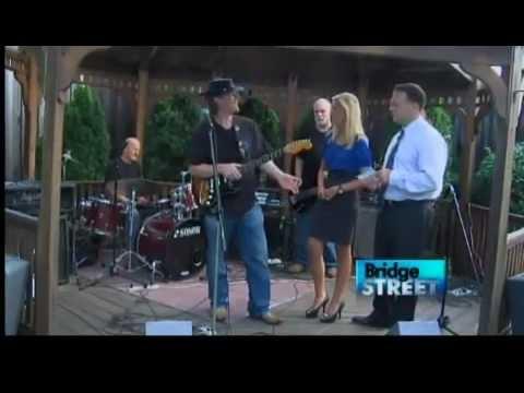 Blasting the Strat on Bridge St News CH9 TV!!!