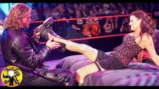 5 Momentos Inapropiados De WWE Transmitidos EN VIVO (Video con Contenido NO Apto Para Todos)