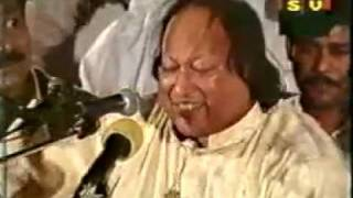 Afreen Afreen - Nusrat Fateh Ali Khan Qawwal singing live Afreen Afreen
