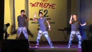 group dance of xtreme boys and girls of xtreme 52 of SOMC (magic mamoni, tu meri,, dhakle)