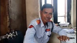 Indian Watchman....singing like a professional..A video going viral.watch till end.