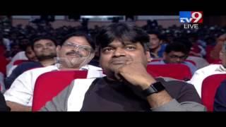Allu Arjun dances like Michael Jackson - DJ's