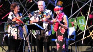 Mariner's Church Luau-Roe Yates Sings