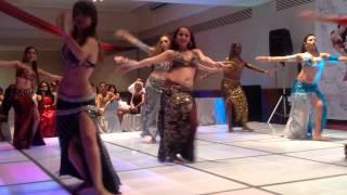 Egresadas de la Arabian Dance School de Amir Thaleb... Quinta Generación