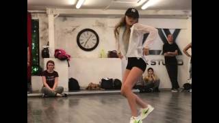 Nouvelle chore leany danse 👍💙