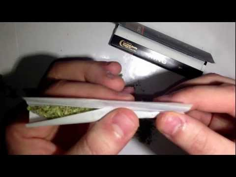 How to roll a perfect joint.