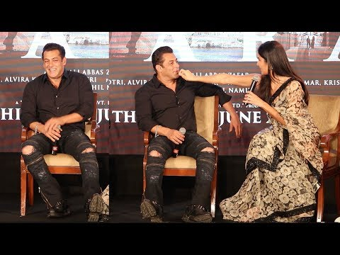 Xxx Mp4 Watch How Salman Khan Gets EMBARASSED Amp Shy When Katrina Kaif Touches Him In Public 3gp Sex