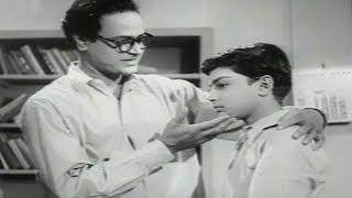 Abhi Bhattacharya as a new teacher, Jagriti - Scene 11/19