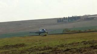 Bonanza decolando em Ponta Grossa - SSZW