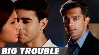 Karan Singh Grover DISLIKES Saras & Kumud's LOVE MAKING SCENE in Saraswatichandra 27th May 2013