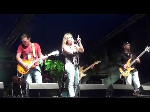 Download Jessie LaRae- Tennessee Whiskey Live @ RiverFest