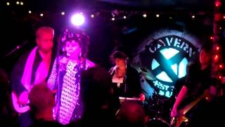 Lene Lovich Band - Momentary Breakdown/I Think We're Alone Now - Live at Exeter Cavern 25.03.2013