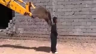 pakistani mazdoor ki khaarish(funny)