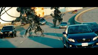 Transformers 3 Fight Scene - Highway Chase - Full HD