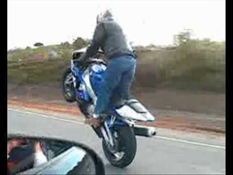 Acidentes e Manobras de Moto