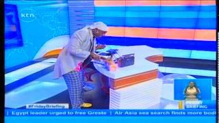 Betty Kyalo distrupted by Nyambane while reading news