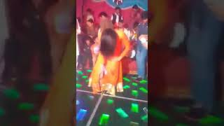 Mehak mehroo hot shemale dancer in private wedding fucntion 2017