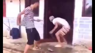 Top 11 Funny Chinese Videos- Super Comedy Videos.