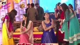 On locaction of TV Serial ''Meri Aashiqui Tum Se Hi''  Ishaani's Mehandi Ceremony