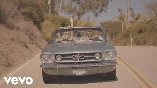 Borgeous - Young in Love (feat. Karmin)