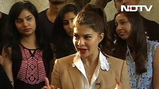 Jacqueline Chooses Salman Over Shah Rukh Khan On NDTV